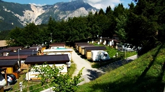 36. Camping Sole Neve