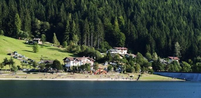 Il giro a piedi o in bici dei laghi di Serraia e Piazze